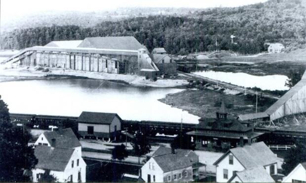 Lynn Ice House